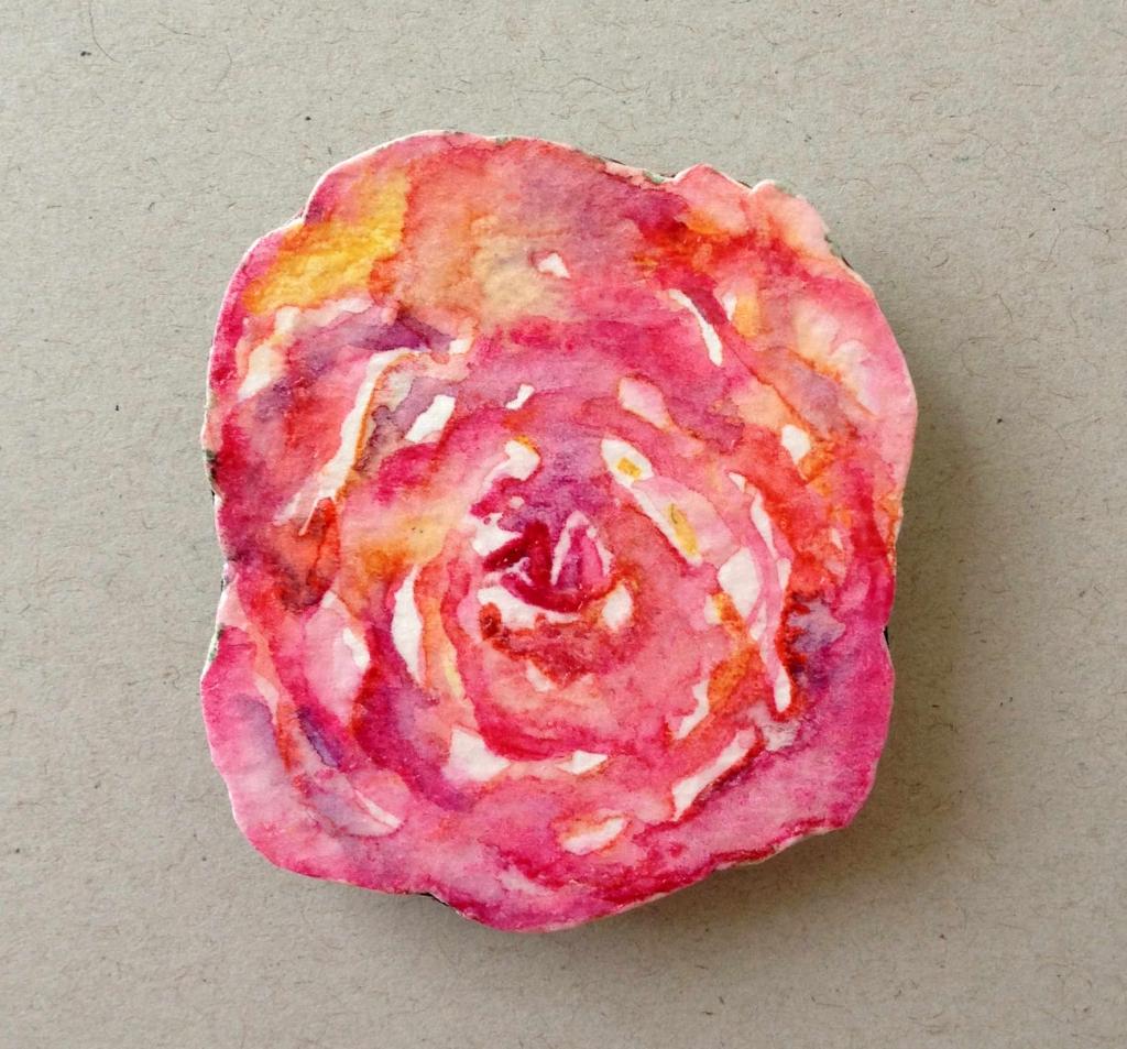 rose paper brooch1